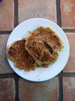 Banana Pancakes for the Inexperienced Chef