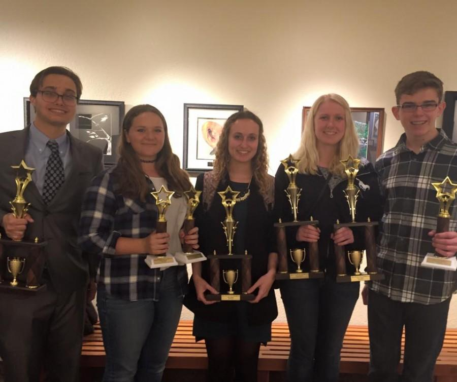 Speech and Debate Students Qualify for State