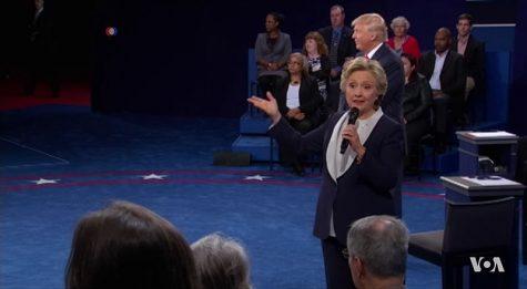Trump Slightly Upstages Clinton at Debate; Still, No One Wins.