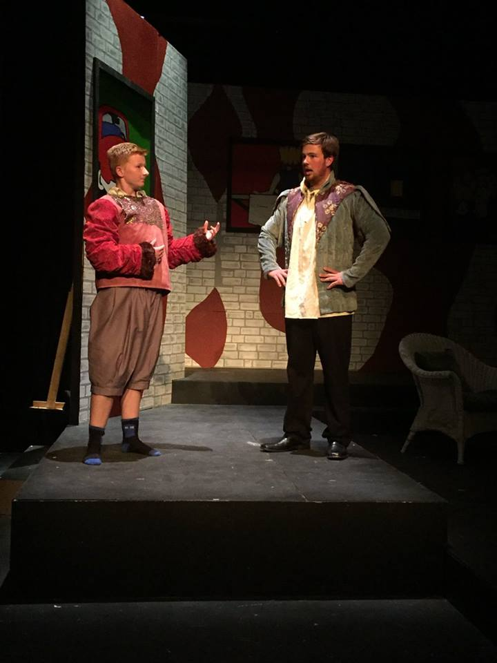 Sophomore Issie Prince and junior Riley Switzler act in a tech rehearsal.