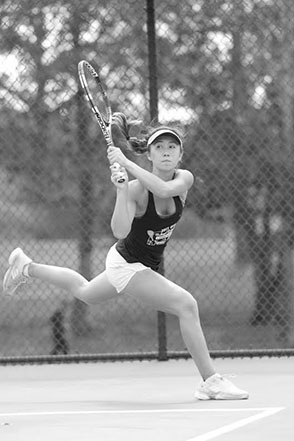 Jenn Kerr, an SDA graduate, continues her tennis success!