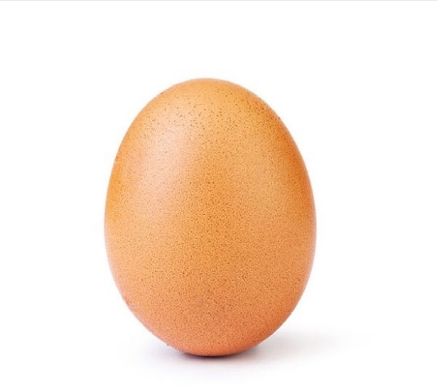 The+egg+that+tried+to+break+the+Instagram+like+record+has+succeeded%2C+standing+tall+at+35+million+likes+and+counting.
