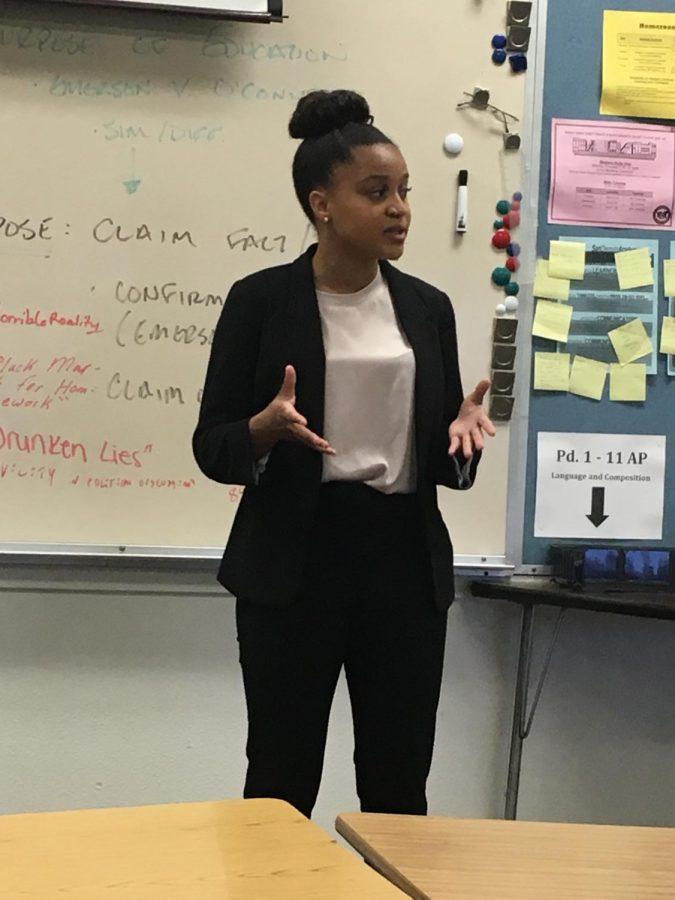 Mission+Vista+High+School+freshman%2C+Jada+Erold%2C+gives+her+speech+on+gun+violence.
