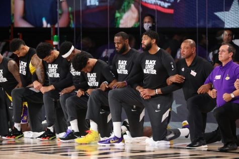 Lakers, Clippers, Pelicans, and Jazz all took a knee for the anthem for the NBA restart on Jul 30, 2020