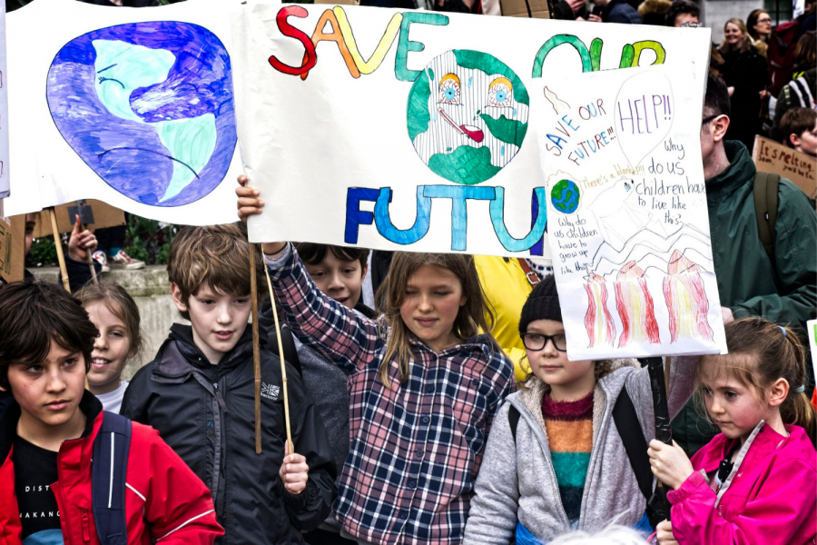 Elementary aged students march in the Global Climate Strike on Sep. 2019