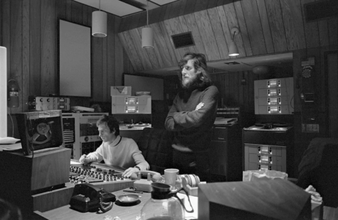 British singer-songwriter Graham Nash (right) listens to recordings from his debut album Songs for Beginners in early 1971