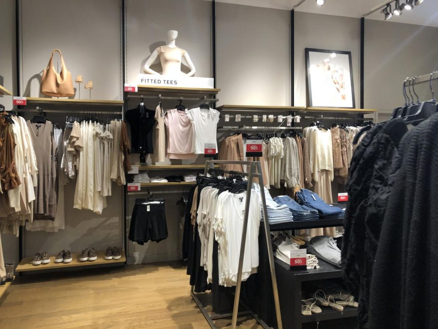 Express, a clothing store located at the UTC La Jolla mall
